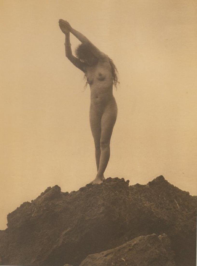 Plongeuse, hand signed nude gravure