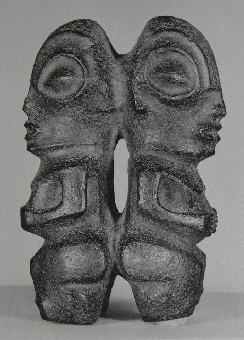 Double Tiki, en pierre sculptee. Marqueses Isles