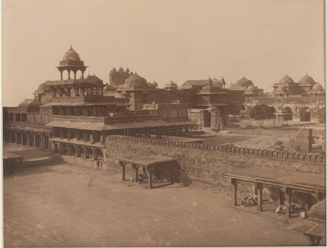 Futtypore Sikri - View of the ruins