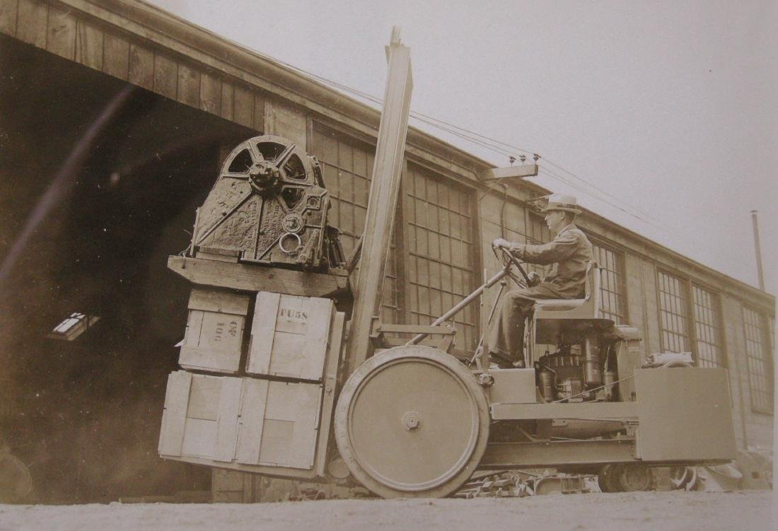 Moving heavy machine from Willamette Steel Works. c1925