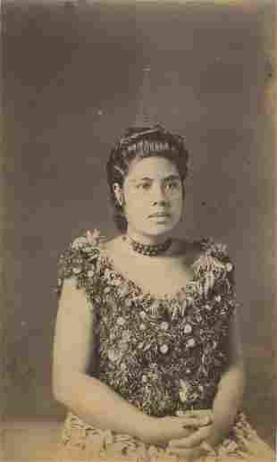 High Rank Samoan Lady wearing cocoanut comb c1893