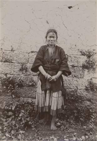 CHINA. Nashi Girl, Yunan. c1924