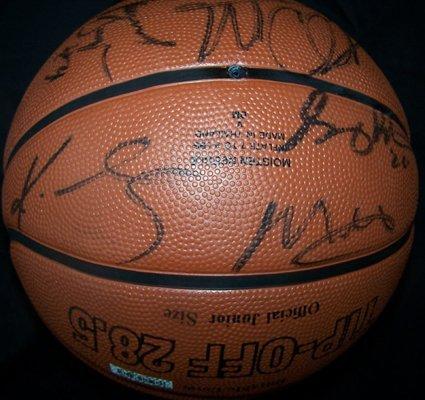 1123: 03-04 Lakers Signed Basketball Shaq Kobe GAI - 2