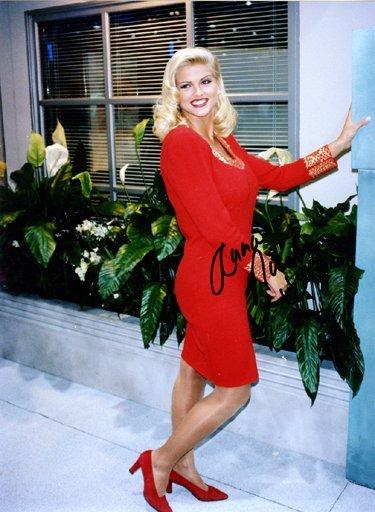 9: Anna Nicole Smith Signed Rare Photo (1993) GAI