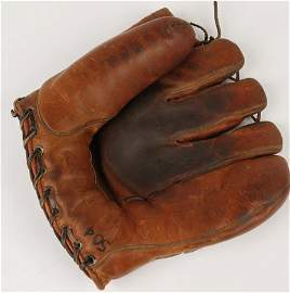 1002: League of Their Own Baseball Glove Used in Film