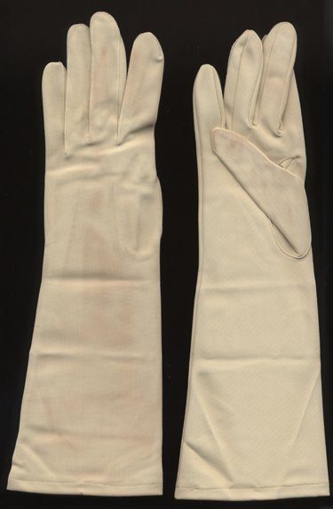 14: Lady Bird Johnson Owned & Worn Ladies Gloves
