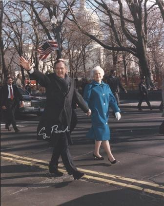 542: George Bush Signed Inauguration Day 11 x 14 Photo