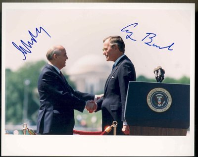 543: George Bush & Mikhail Gorbachev Signed Photo GAI