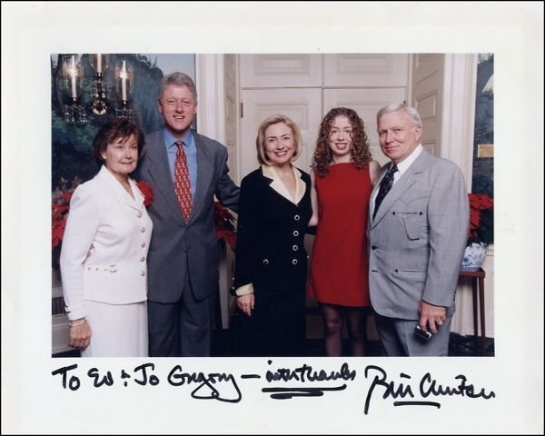 553A: Bill Clinton Signed 8 x 10 Photo as President GAI
