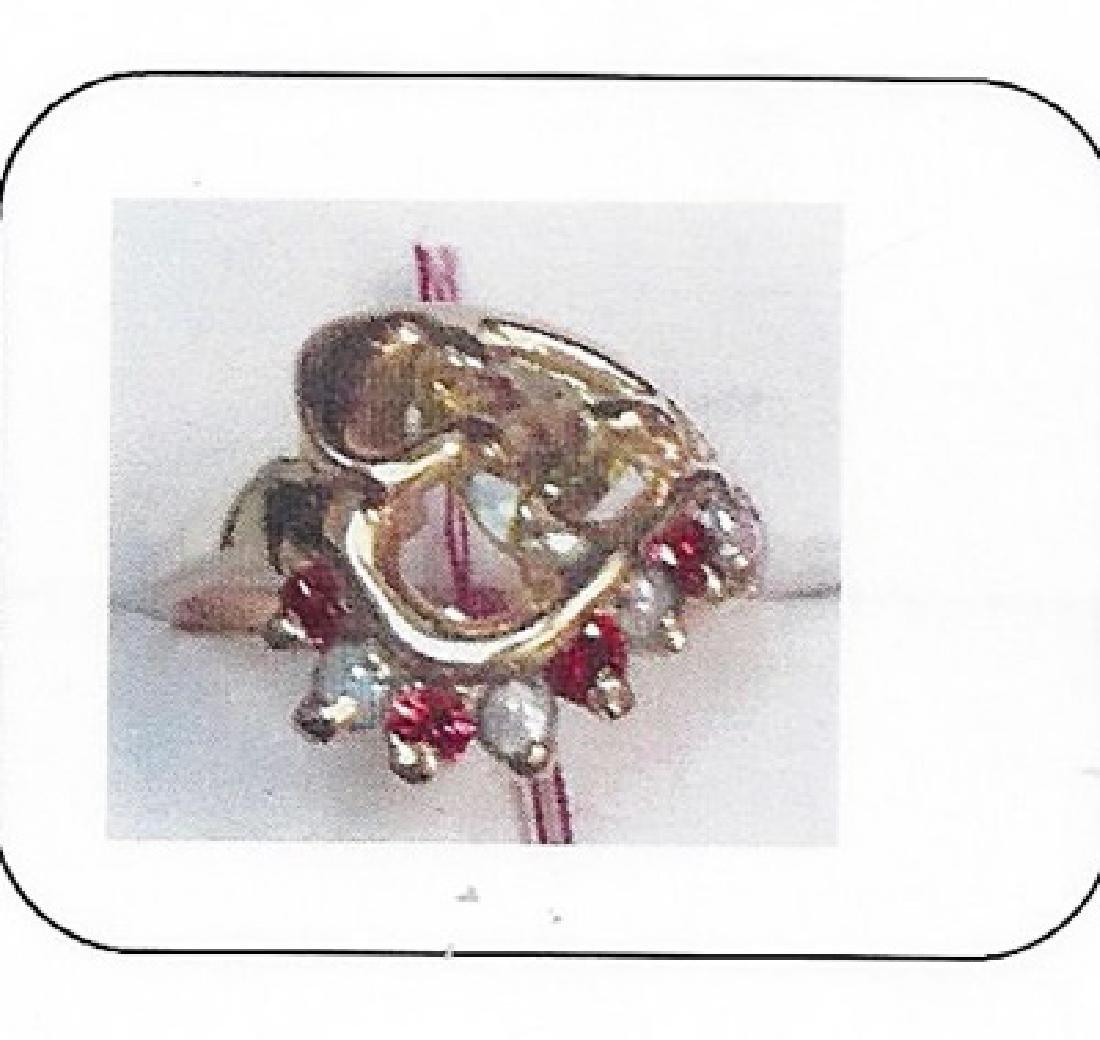 Lady's 14K yellow gold alexandrite ring