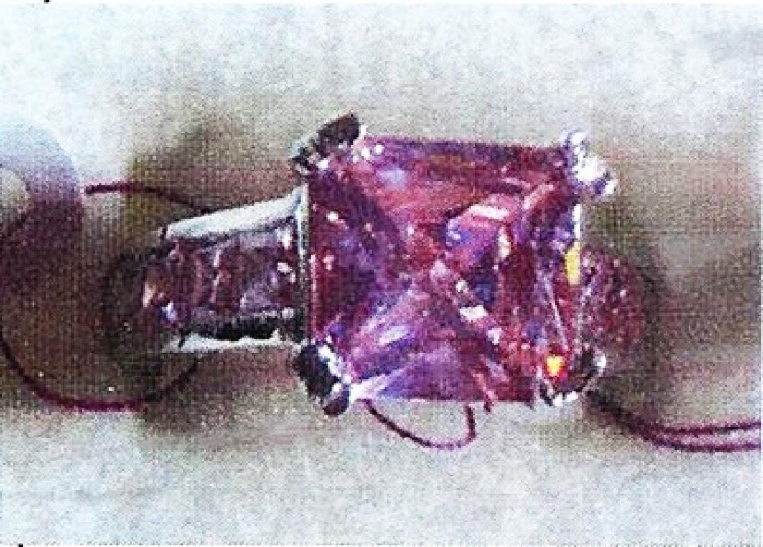 Ladys silver lab pink zircon ring