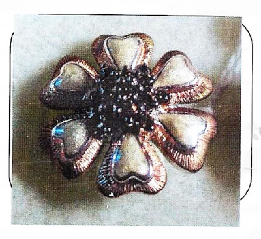 Ladys silver enamel/diamond ring