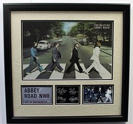 """The Beatles """"abbey Road"""" Hologram With Signatures"""