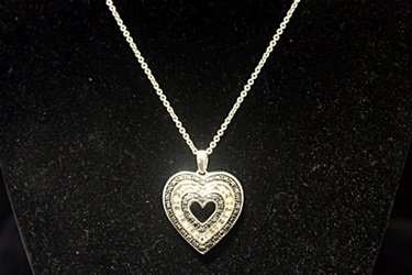 Gorgeous Double Sided Heart Black & White Diamonds - 2