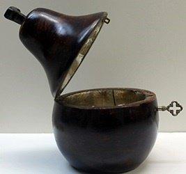 Hand Carved Antique Dark Wood Pear Lockbox w/Key - 5
