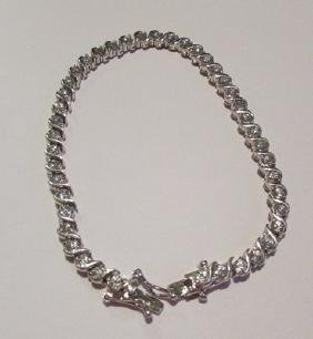 Beautiful 18K Gold Diamond Tennis Bracelet