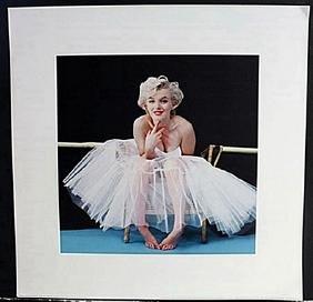"Photo/Celebrity Poster ""Balerina"" Photograph of Marilyn"