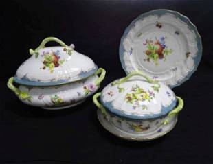 118 Piece Herend Custom China Service for 12