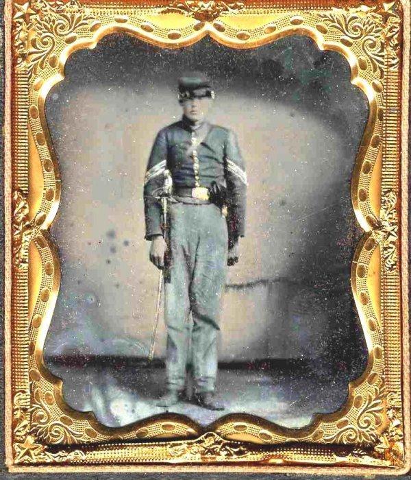 1112: Civil War Tintype Cavalry Soldier Revolver Photo