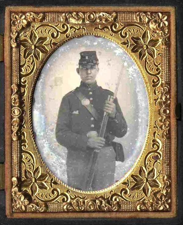 1129: Civil War Ambrotype Armed Soldier Rifle Picture