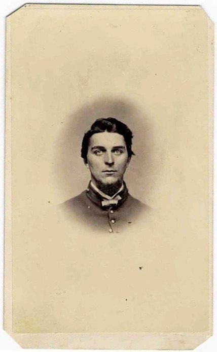 1505: CDV First NY Artillery Soldier Civil War Photo