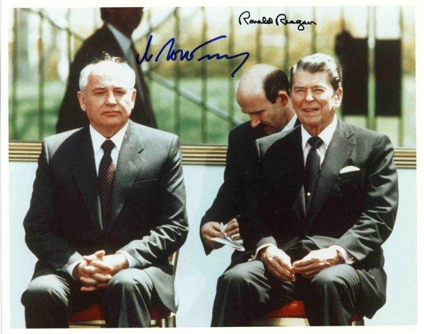 1587: Ronald Reagan Mikhail Gorbachev Signed Autograph