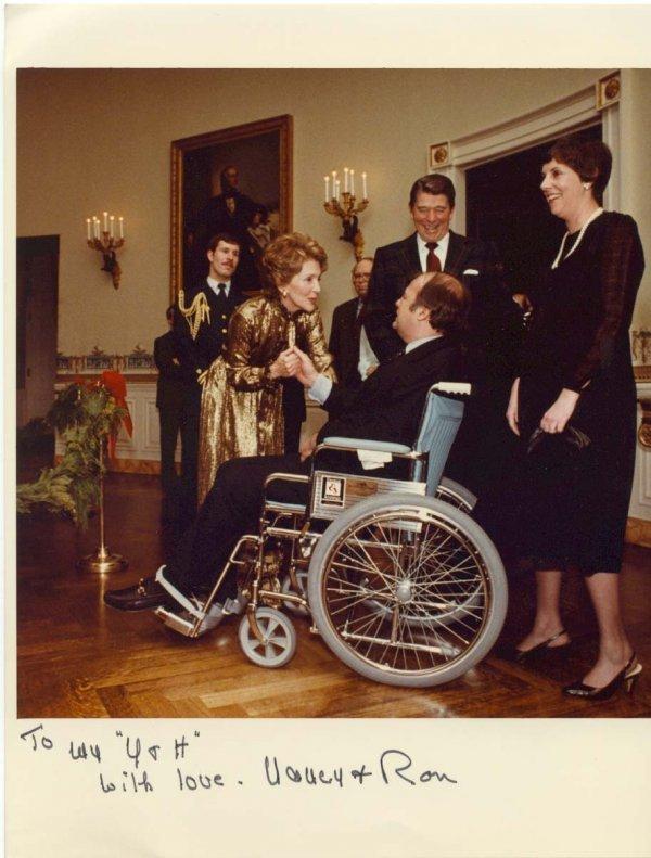 1592: White House Photo Signed Ronald Nancy Reagan Brad