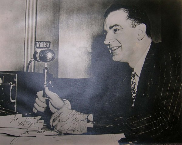 1600: Senator Joe McCarthy Photograph Signed Autograph