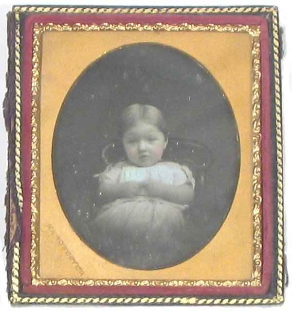 2263: Sixth Plate Daguerreotype Small Child Full Case