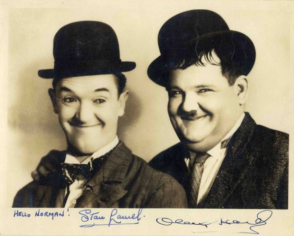 2773: Laurel Hardy Signed Photo Autograph Comedy Hollyw