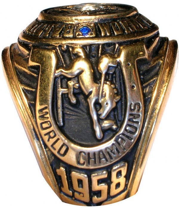 3948: Baltimore Colts Championship Ring NFL Football - 2