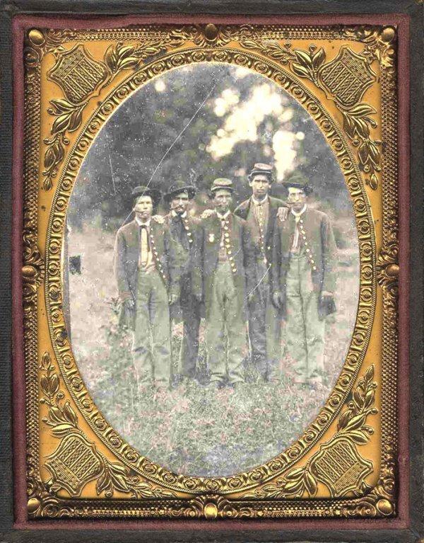 1907: Civil War Soldier Outdoor Tintype Union Group Qua