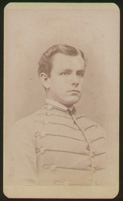1819: Civil War CDV Cadet Soldier Photograph Picture