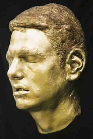129: Tom Cruise Life Mask Dark Gold Statue