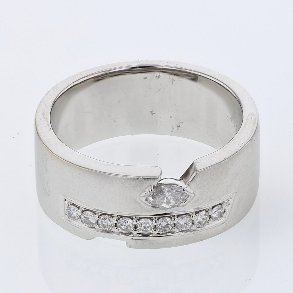 9-stone Channel-set w/ 1 Marquise Diamond Ring in 18K