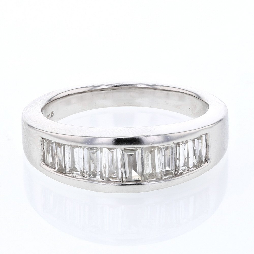 Baguette Diamond Band w/ Invisible & Bar-set in 18K