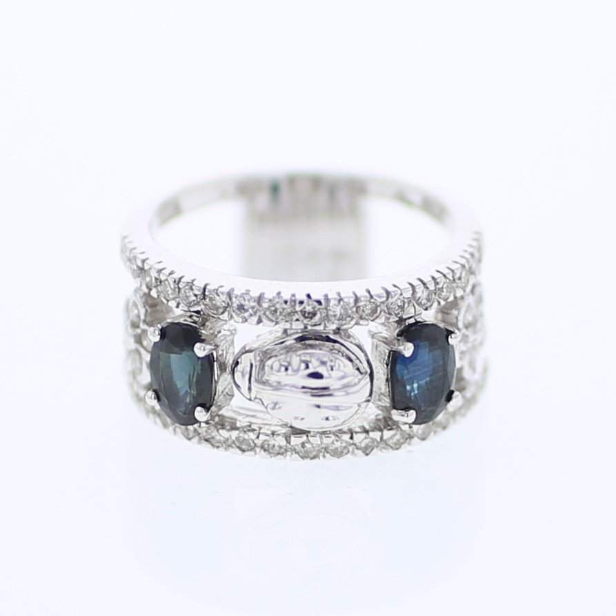 Antique Style Prong-set w/ Sapphire Diamond Ring in 18K