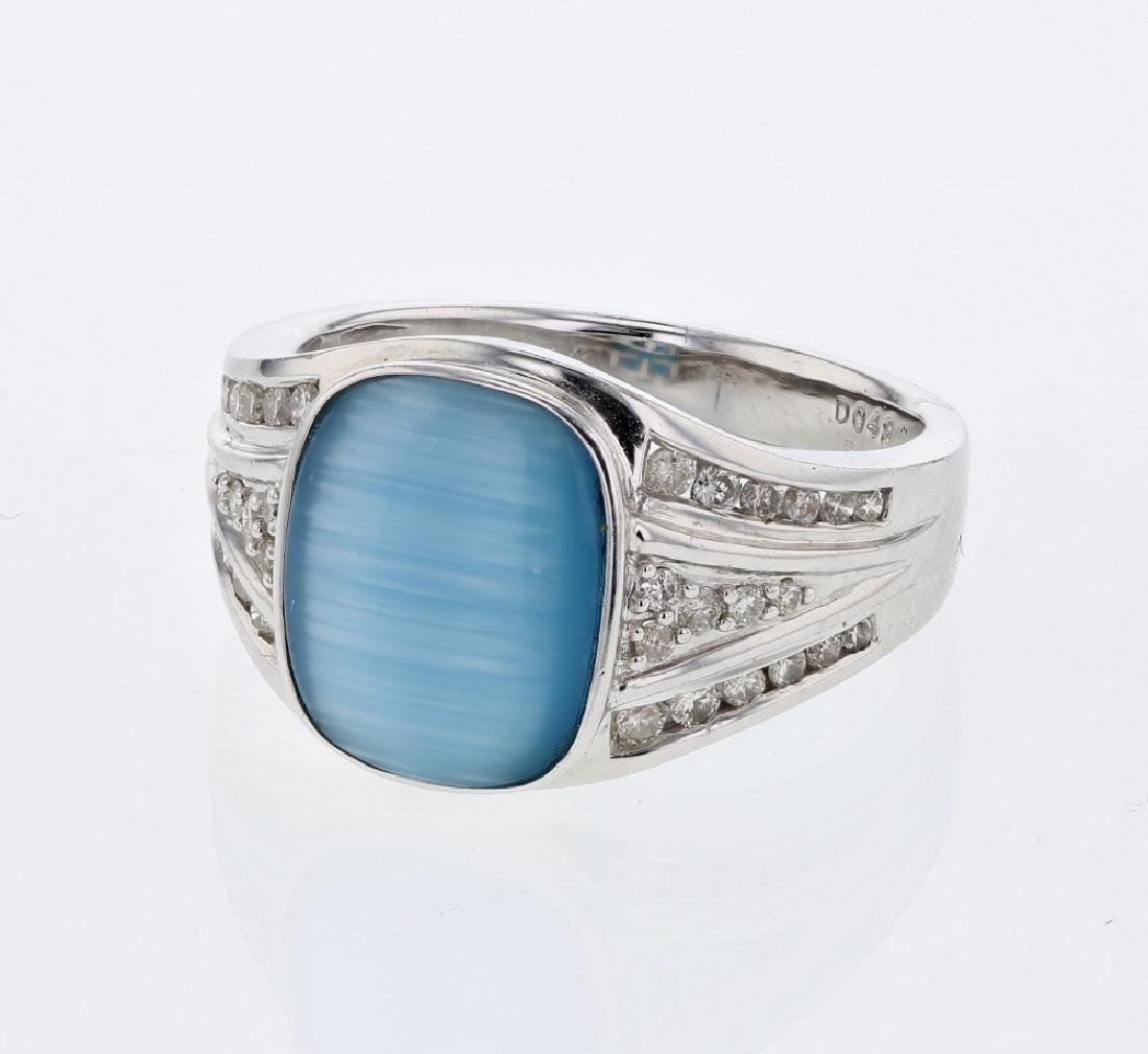 Gents Diamond Ring w/ Cushion cut Sapphire in 14K White