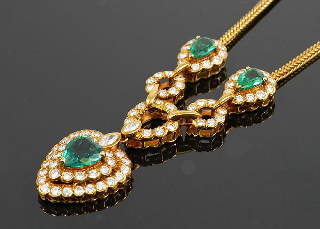 18k Gold Emeralds & Diamonds Necklace