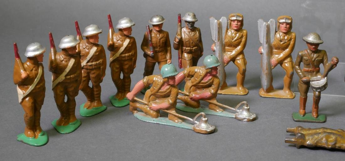 22 Manoil Barclay Lead Toy Soldiers - 4