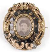 Victorian Memorial Brooch w Photo