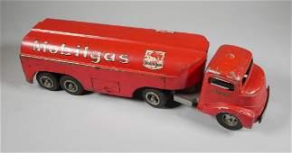 Smitty Toys SMITH MILLER Mobil Oil Tanker Truck