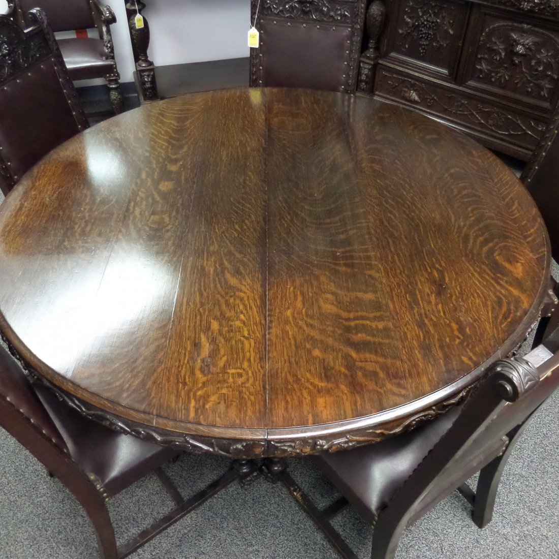 RJ HORNER Carved DINING TABLE, 6 Chairs - 3