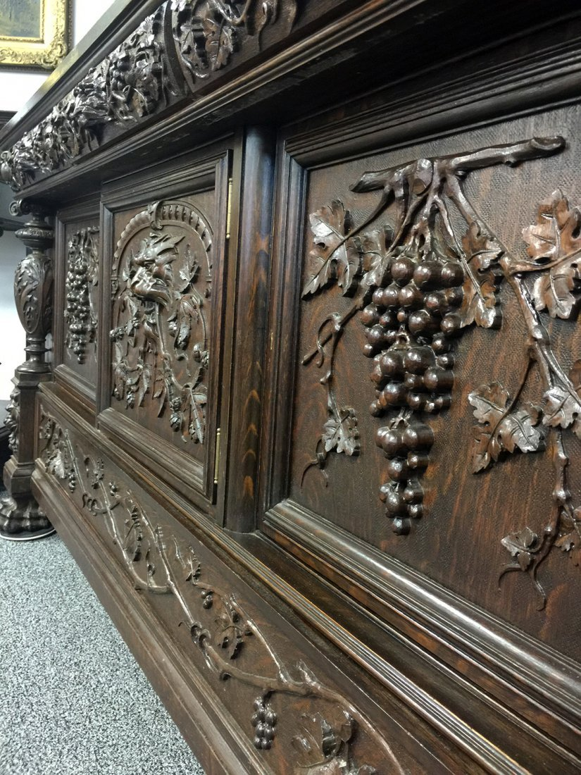 RJ HORNER Carved Grapes & Lions SIDEBOARD - 4