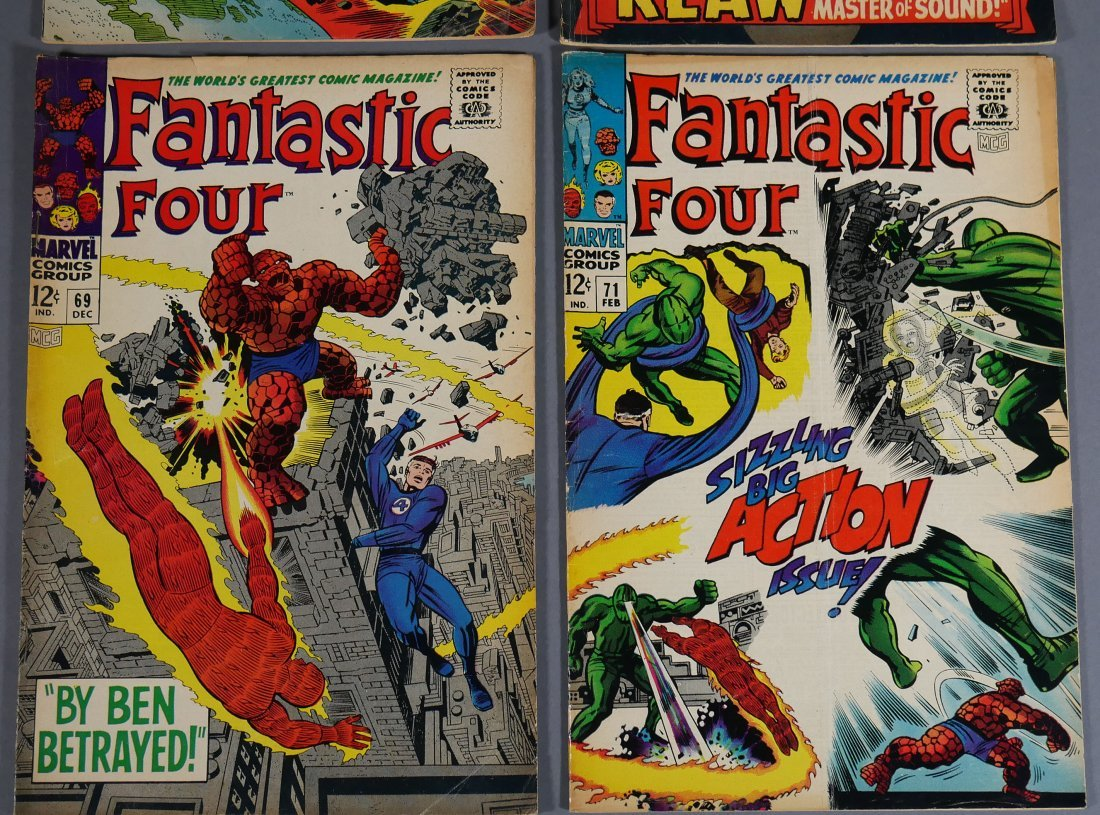 4 Marvel FANTASTIC FOUR Comics from 1966-67 - 2