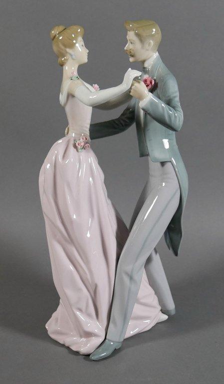 "LLADRO The Dancing Couple 12"" Figurine"
