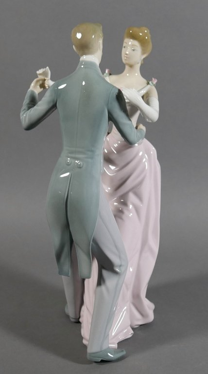 "LLADRO The Dancing Couple 12"" Figurine - 3"