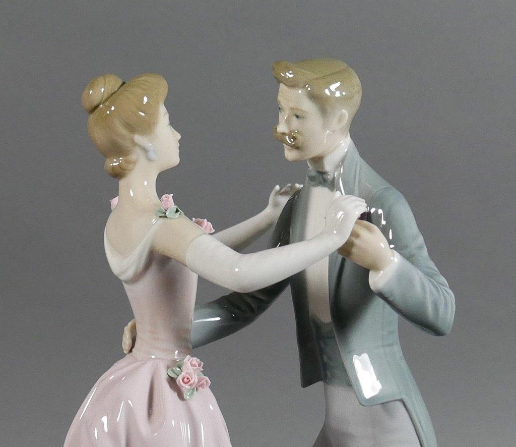 "LLADRO The Dancing Couple 12"" Figurine - 4"