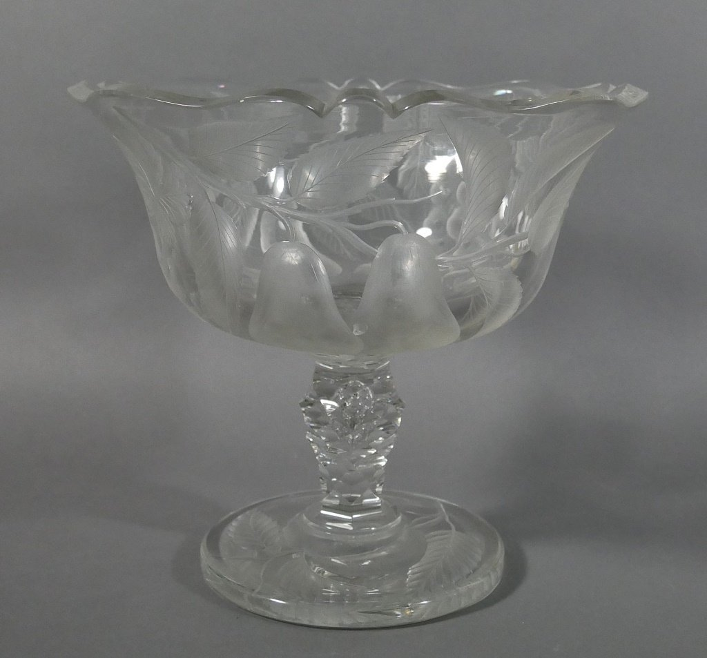 BACCARAT Intaglio Cut Glass Fruit Bowl