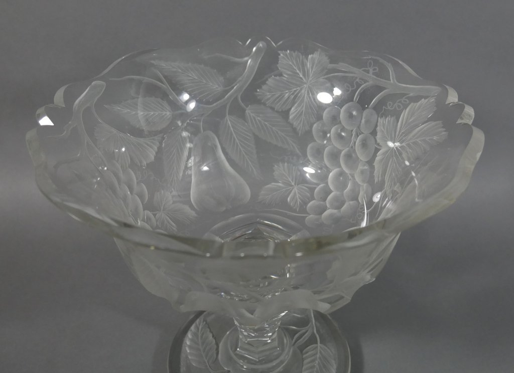 BACCARAT Intaglio Cut Glass Fruit Bowl - 2